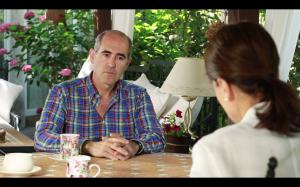 El Dr. Mikel Prieto con Elene Lizarralde conversa cobre la donación de vivo